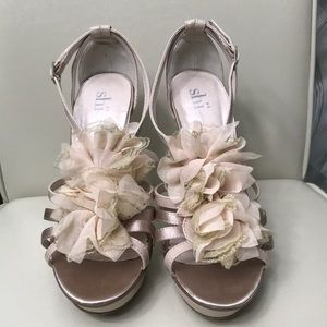 Nude Heel with Lace Flowers